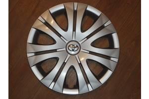 Нові Ковпаки на диск Toyota Corolla