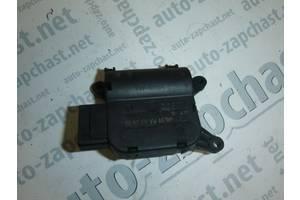 б/у Шаговый двигатель печки Volkswagen Caddy