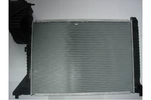 Радиатор Mercedes Sprinter