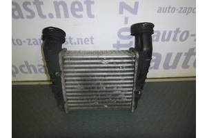 б/у Радиатор интеркуллера Skoda SuperB