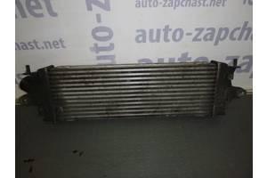 б/у Радиатор интеркуллера Opel Vivaro груз.