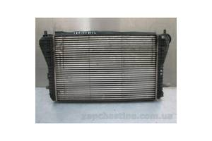 Радиатор интеркуллера Volkswagen Passat B6