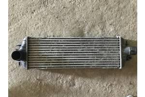 б/у Радиатор интеркуллера Renault Trafic