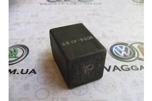 б/у Реле и датчики Volkswagen Golf II