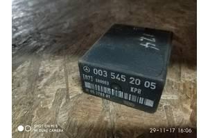 б/у Реле и датчики Mercedes 124