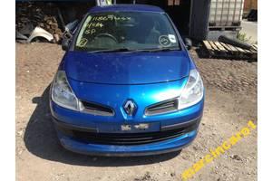 Бампер передний Renault Clio