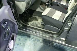 Торпедо/накладка Renault Clio