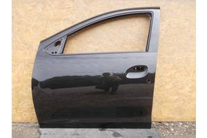 Дверь передняя Renault Sandero