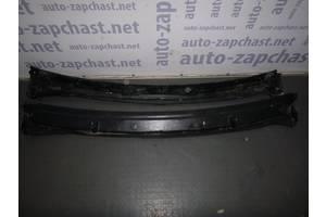 б/у Пластик под лобовое стекло Renault Trafic