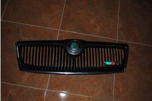 б/у Решётки радиатора Skoda Octavia A5