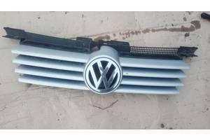 б/у Решётки радиатора Volkswagen Bora