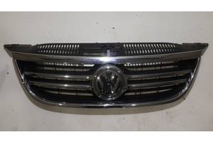 б/у Решётка радиатора Volkswagen Tiguan