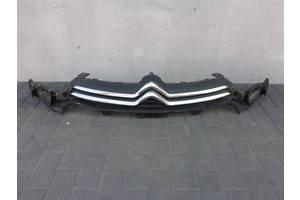 б/у Решётки радиатора Citroen C4