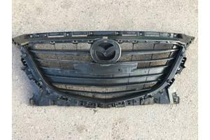 б/у Решётки радиатора Mazda 3