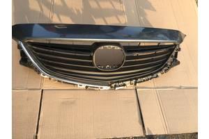 б/у Решітка радіатора Mazda 6