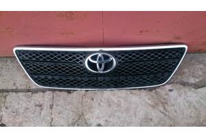 б/у Решётка бампера Toyota Corolla