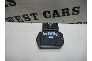 б/у Резистор печки Toyota Avensis
