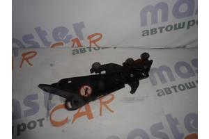 Ролики боковой двери Fiat Doblo