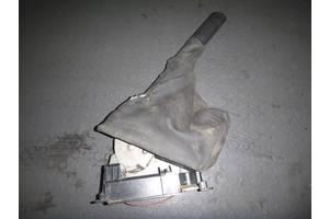 б/у Ручка ручника Renault Trafic