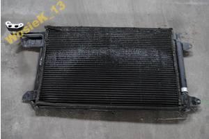 Радиатор Seat Leon