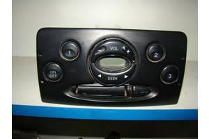 б/у Радио и аудиооборудование/динамики Ford Courier