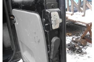 б/у Ограничители двери Renault Trafic