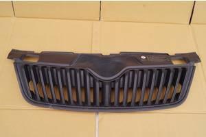 Решётка радиатора Skoda Roomster