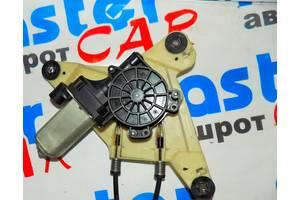 б/у Моторчики стеклоподьемника Renault Master груз.