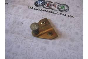 б/у Замок крышки багажника Volkswagen Passat