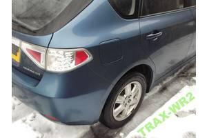 Четверть автомобиля Subaru Impreza