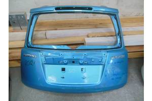 Крышка багажника Suzuki Splash