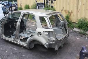 Четверть автомобиля Suzuki SX4