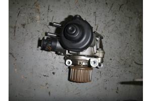 б/у Топливный насос высокого давления/трубки/шест Renault Logan