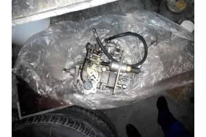 б/у Топливный насос высокого давления/трубки/шест Alfa Romeo 164