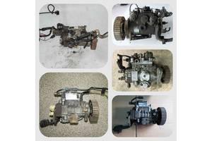 б/у Топливный насос высокого давления/трубки/шест Volkswagen Touran