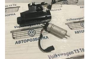 б/у Насос топливный Volkswagen T5 (Transporter)