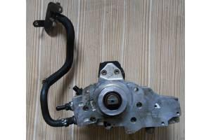 б/у Топливные насосы высокого давления/трубки/шестерни Mercedes Viano груз.