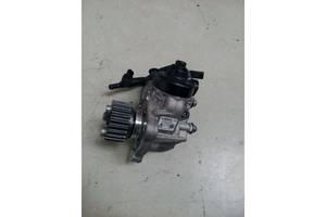 Топливные насосы высокого давления/трубки/шестерни Volkswagen Passat B7