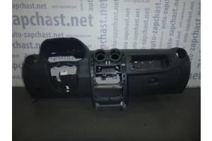 б/у Торпедо/накладка Renault Duster