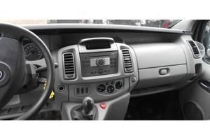 б/у Накладки Opel Vivaro груз.