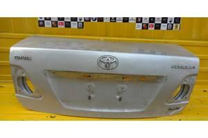 Крышка багажника Toyota Corolla