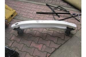 Усилитель заднего/переднего бампера Toyota Yaris