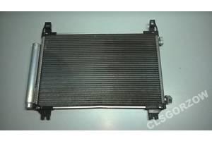 Радиатор Toyota Yaris