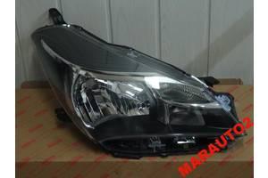 Фара Toyota Yaris