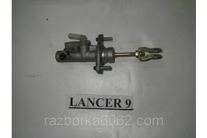 Главный цилиндр сцепления Mitsubishi Lancer