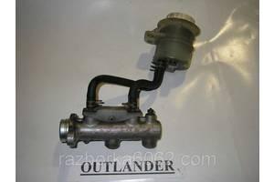 Главный тормозной цилиндр Mitsubishi Outlander