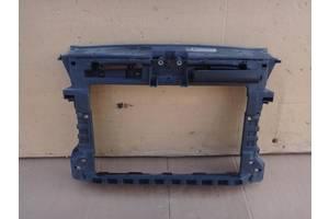 Панель передняя Volkswagen Caddy