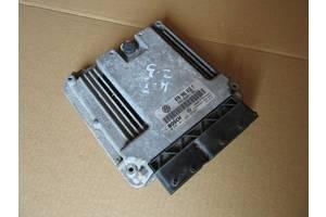б/у Блок управления двигателем Renault 25
