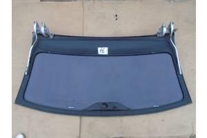 б/у Петля крышки багажника Volkswagen Touareg