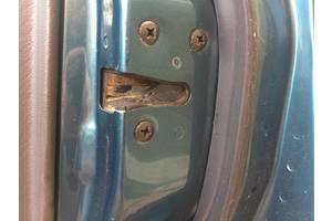 Замки двери Mazda 626